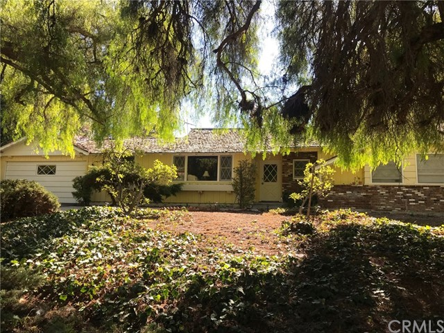Photo of 4 Singletree Lane, Rolling Hills Estates, CA 90274