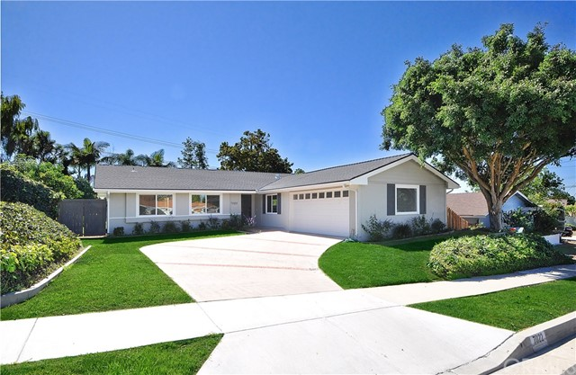 Photo of 7022 Lofty Grove Drive, Rancho Palos Verdes, CA 90275